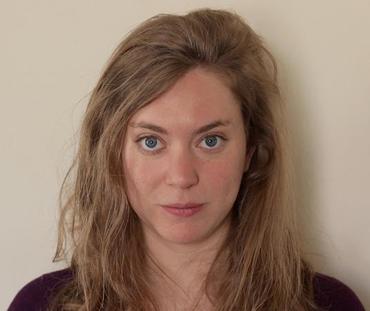 Inès VALARCHER - autoportrait