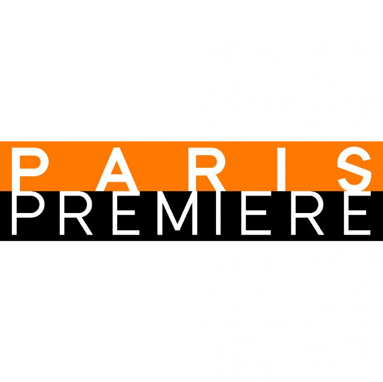 logo pp type face fond blanc
